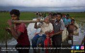 Kapal Pembawa Bantuan untuk Rohingya Dilempari Molotov - JPNN.COM