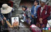 Tradisi Merawat Mayat di Toraja, Baju Diganti, Kopi Ditaruh - JPNN.COM