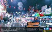Seru! Swafoto Massal di Festival Payung Indonesia 2017 - JPNN.COM