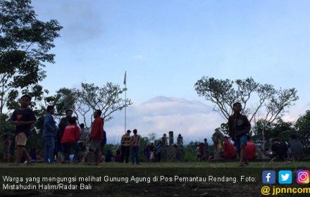 Pengungsi Gunung Agung Mencapai 15.142 Jiwa - JPNN.COM