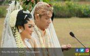 Sah Jadi Istri Ade Imam, Ini Mas Kawin untuk Vicky Shu - JPNN.COM