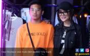 RO$EGOLD: Busana Jalanan, Harga Premium - JPNN.COM