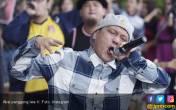 Bebas Lepas: Dokumentasi Keseruan Aksi Panggung Iwa K - JPNN.COM