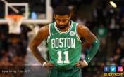 Berita Duka Jelang Playoff NBA: Musim Irving Berakhir - JPNN.COM