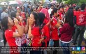 Hujan Tangis Warnai Kegagalan Kalteng Putra Lolos ke Liga 1 - JPNN.COM