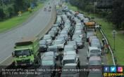 Jalur Utama Keluar Jakarta Padat Lagi - JPNN.COM
