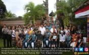 Prajurit KRI Mengunjungi Keluarga Pahlawan Gusti Ngurah Rai - JPNN.COM