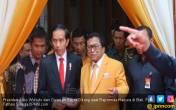 Yakinlah, Jokowi Tak Akan Sakit Kepala Akibat Konflik Hanura - JPNN.COM