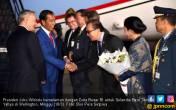 Sampai di Wellington, Jokowi Disambut Ratusan WNI - JPNN.COM