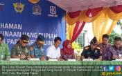 Bea Cukai Papua Tanda Tangani MoU Penggunaan Rupiah - JPNN.COM