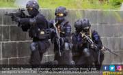 Roni Faisal Polisi Penyelamat Anak Pelaku Bom Bunuh Diri - JPNN.COM