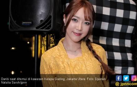 Model Cantik Asal Korea Ini Kepincut Dangdut - JPNN.COM