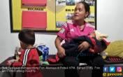 Putri Mentaya, Umur Sehari Hendak Diajak Mudik Naik Kapal - JPNN.COM