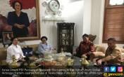 Lihat! Megawati dan Airlangga Bahas Cawapres Jokowi - JPNN.COM