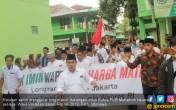 Ratusan Santri Jalan Kaki Dukung Cak Imin Jadi Cawapres - JPNN.COM