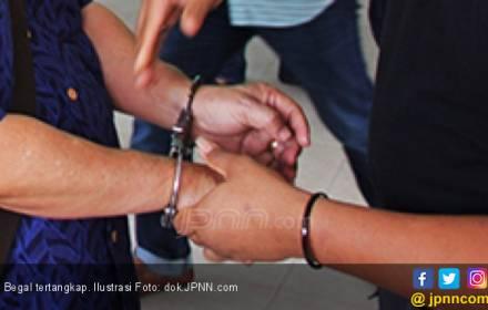 Dua Begal yang Kerap Berpura-pura Jadi Polisi Diringkus - JPNN.COM