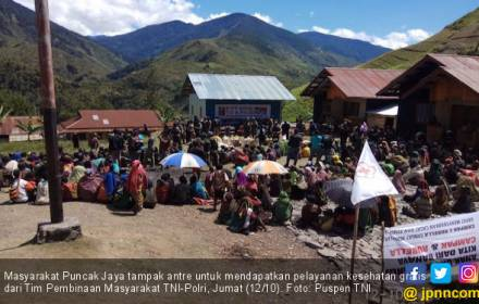 Masyarakat Puncak Jaya Dapat Pelayanan Kesehatan Gratis - JPNN.COM