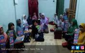 Emak-Emak Pendukung Prabowo-Sandi Kepung 3 Kabupaten - JPNN.COM