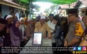 Jenazah Bibinya Ifan Seventeen Disambut Tangisan - JPNN.COM