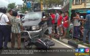 Kronologis Pemotor Terseret Mobil saat Kecelakaan Maut - JPNN.COM