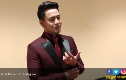 Kriss Hatta Jatuh Cinta Sama Ayu Ting Ting? - JPNN.COM