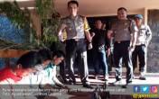 Polisi Buru Penanam dan Pemasok Bibit Ganja ke Lahat - JPNN.COM
